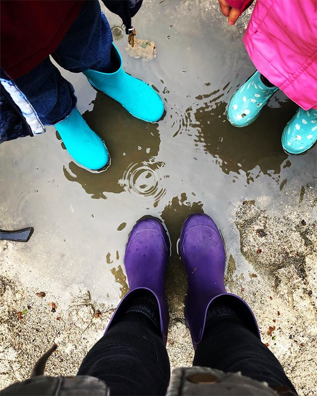 We had a beautiful and warm Easter weekend here in @viladoconde_ but now, we are enjoying the puddles! 💦