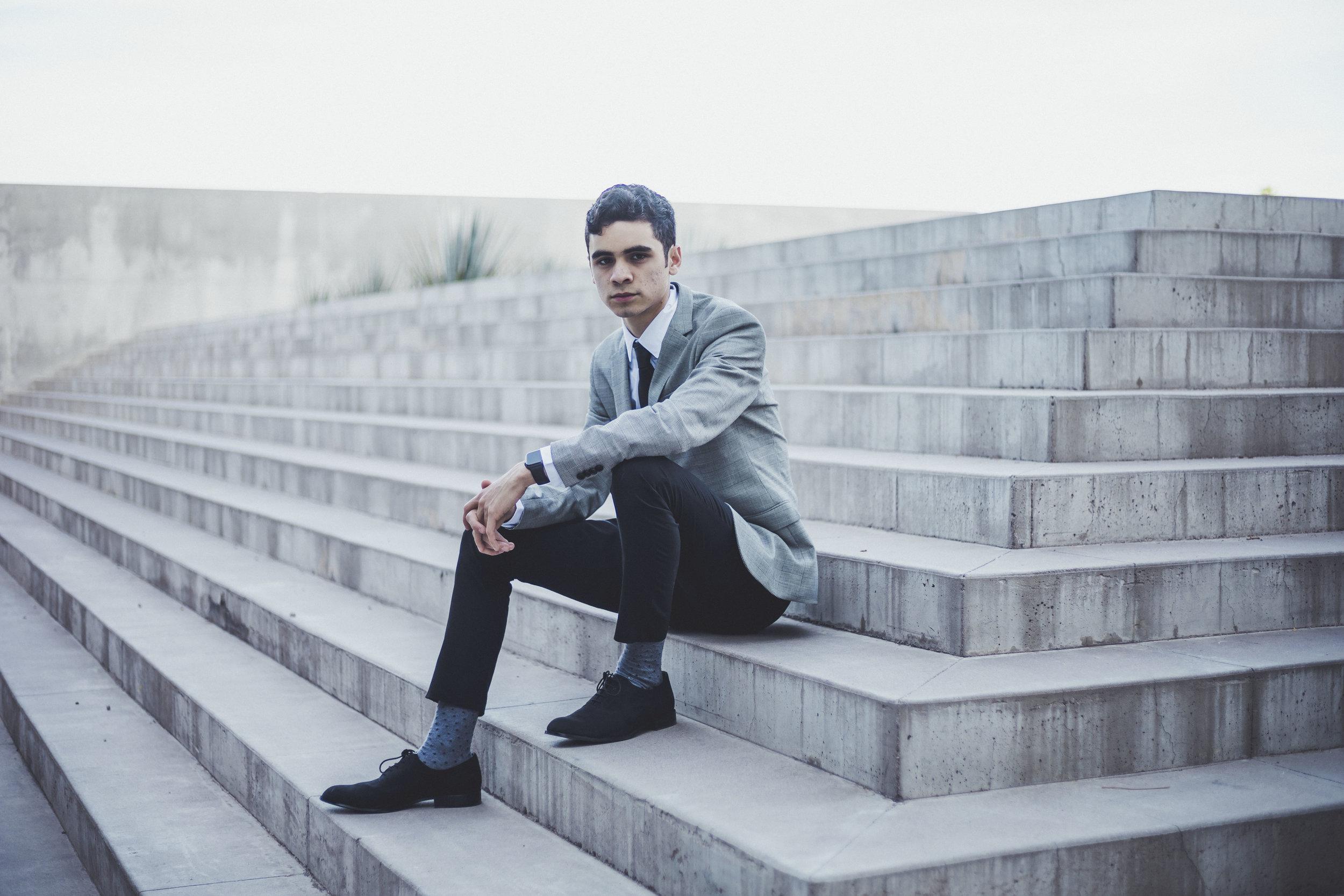 04-18-2019 Senior Portrait- Saul Rascon_3141.jpg