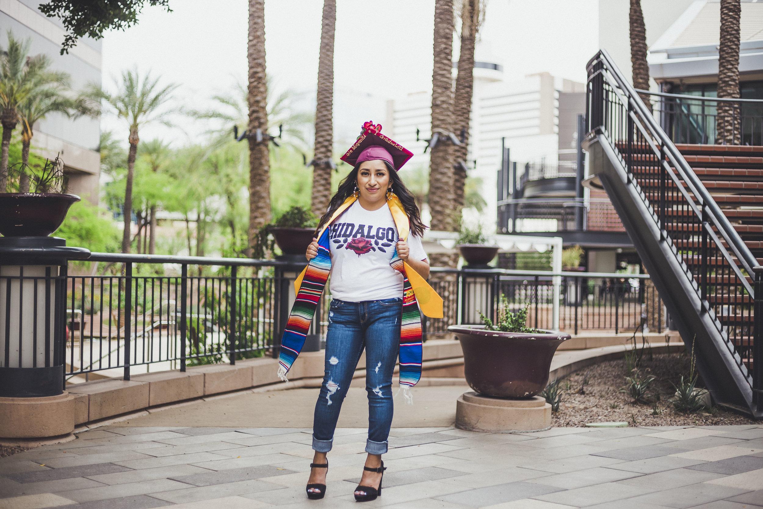 05-02-2019 Blanca y Laura Grad Portraits_4873.jpg