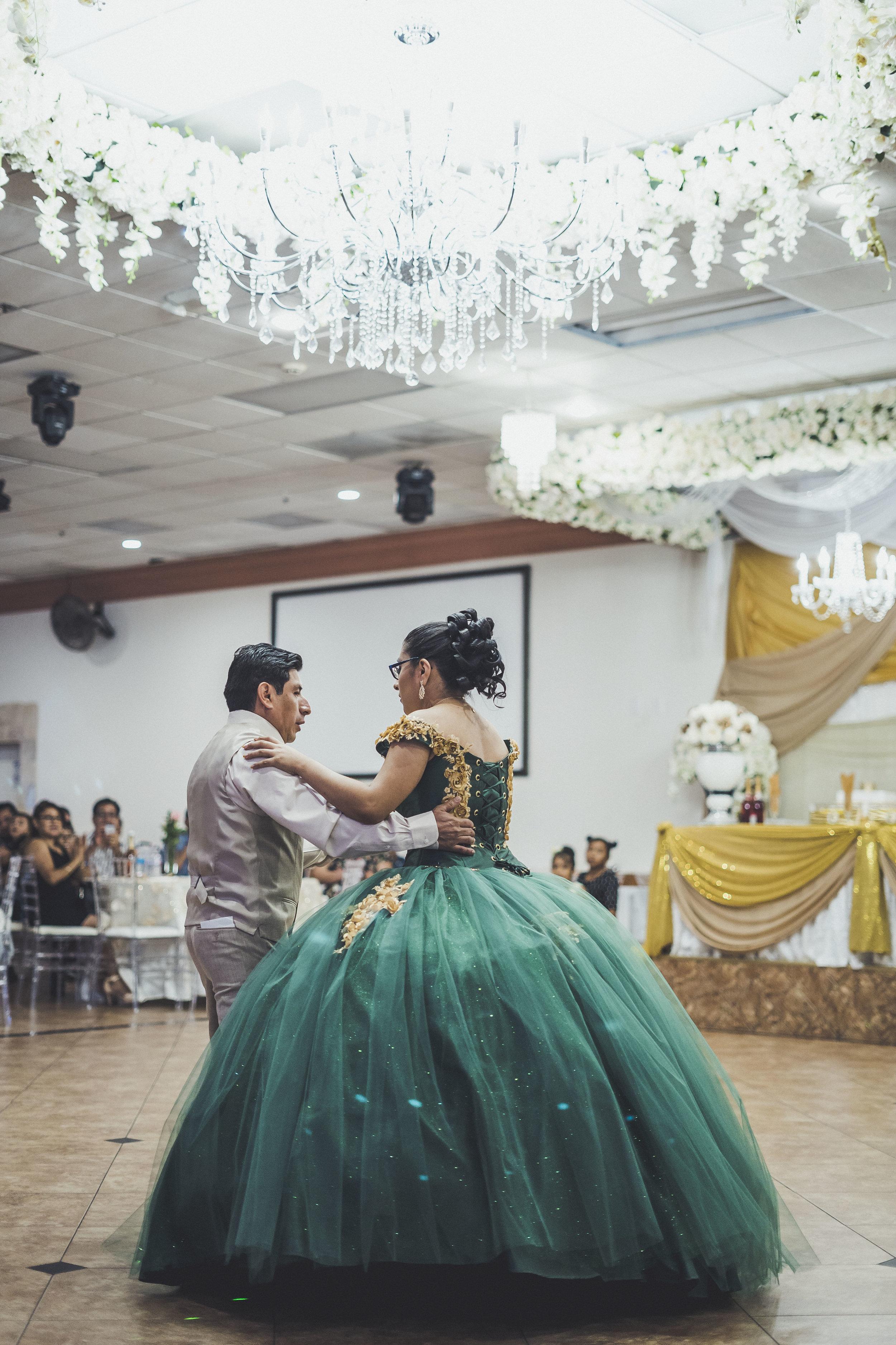 06-07-2019 Quinceañera - Ariana Garcia Maximilliano_6554.jpg