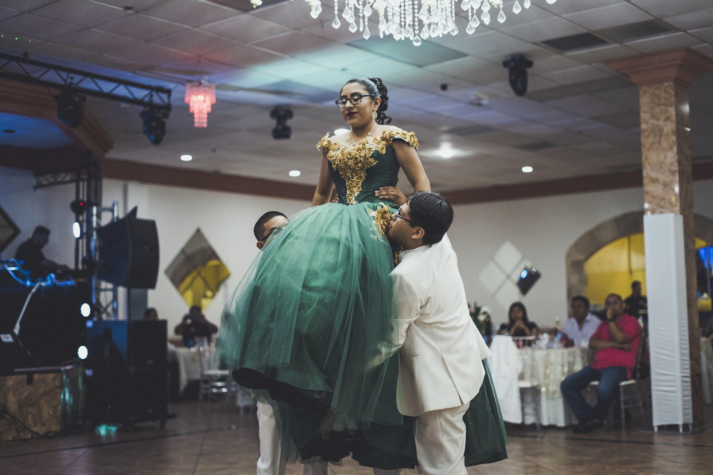 06-07-2019 Quinceañera - Ariana Garcia Maximilliano_6524.jpg