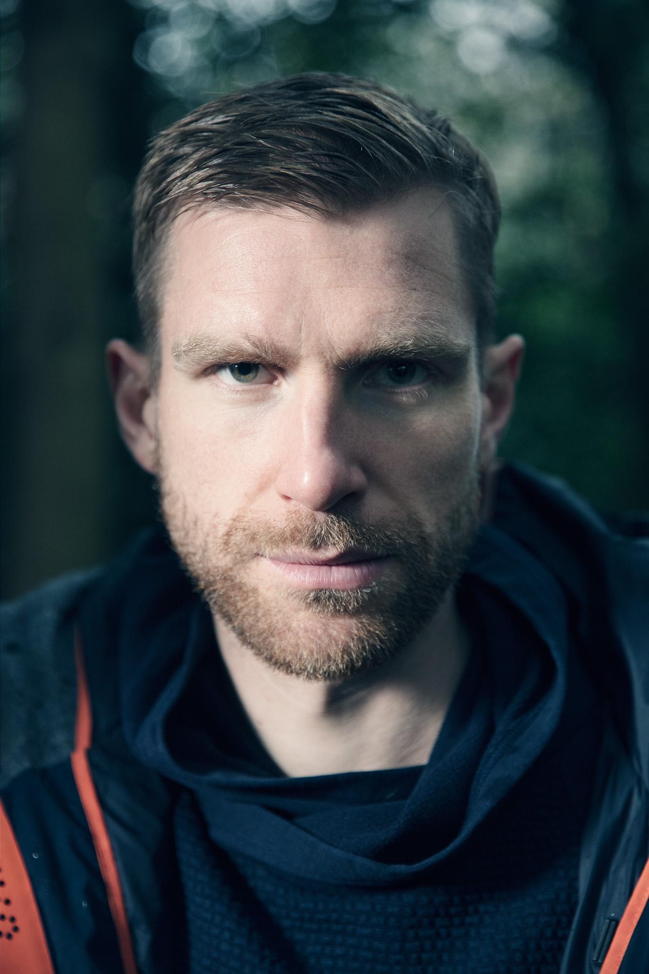 henrik-knudsen-editorial-portraits-03.jpg