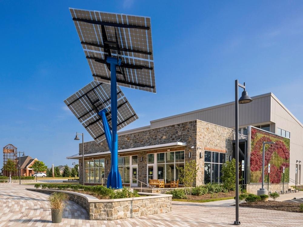 Clarksville+Commons+solar+tree+Lift+2.jpg