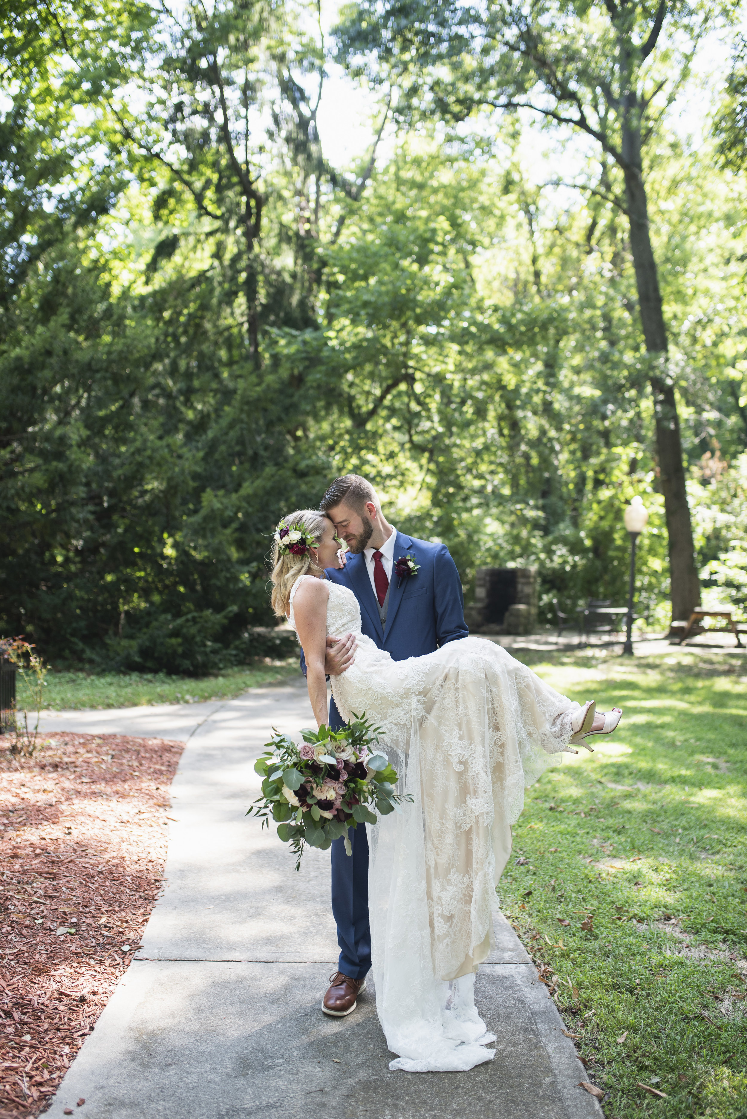 kansas-city-elms-wedding-photo
