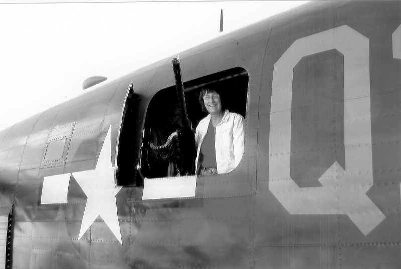 Kendra Jones Garrett at waist gunner position B-24J Witchcraft, July 2009