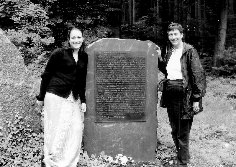 Laurel Garrett, Kendra Jones Garrett, 2002 Flanking Monument to 445th Air Crew KIA on September 27, 1944