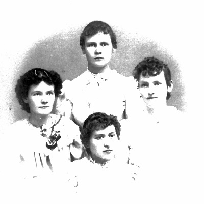 Photo before 1899. Occasion unknown. Studio photograph by McKinley Back Row: Martha Florence Garrett; Right: Mary Francis (Fanny) Garrett Front Row: Edith Noe (a cousin); Left: Unkown