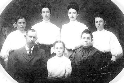 Bushnell Family, undated, probably about 1900 Back Row, L-R: Edith Laraway; Bertha Maude; Mary Permelia; Mertie Viola Front Row, L-R: Elisha William; Ruth Ethlyn; Anzo Etta