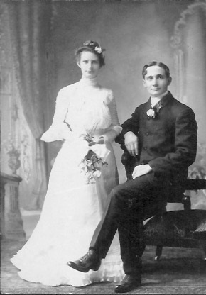 Wedding photo of Elida Wilhelmina Christina Hollander and William Charles Kreie.
