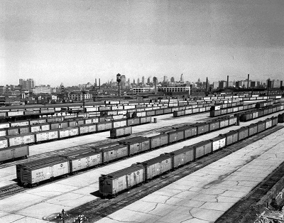 "The Wood Street ""potato yard"" in 1959 with boxcars filled with potatoes."