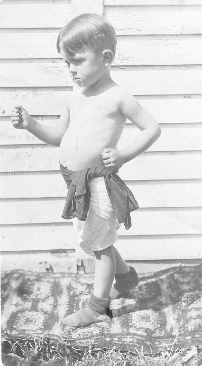 Photograph of a Kenneth Garrett, 1915