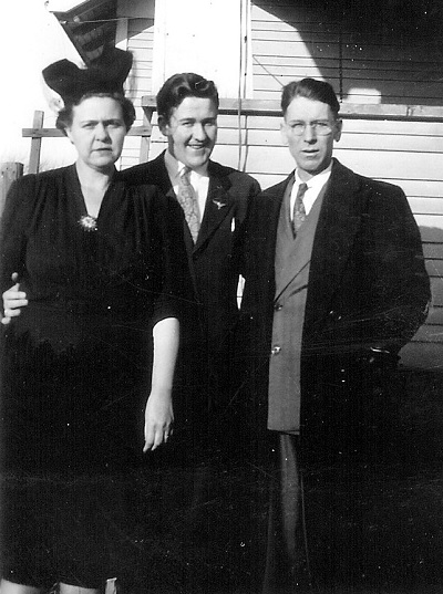 Zita, Maynard, and Kenneth Jones Undated photo, probably early 1940s, unknown location