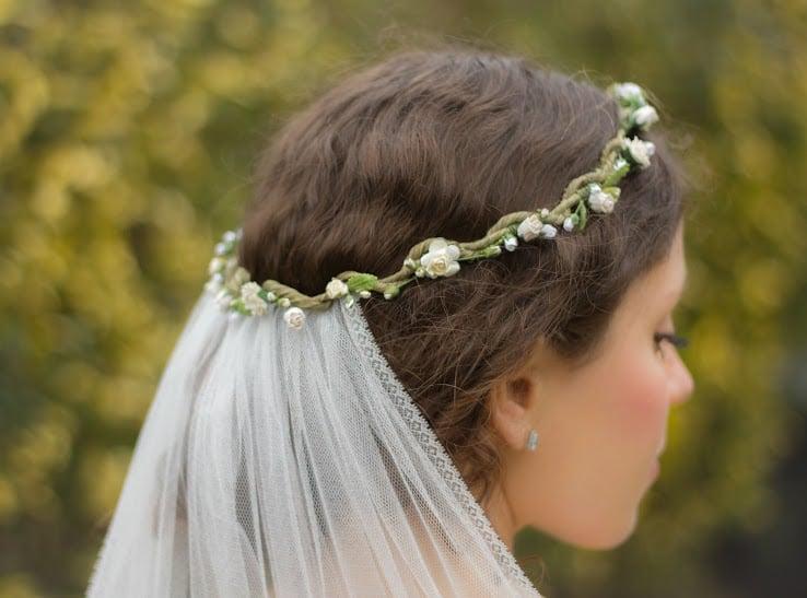 White floral crown MAIN.jpg