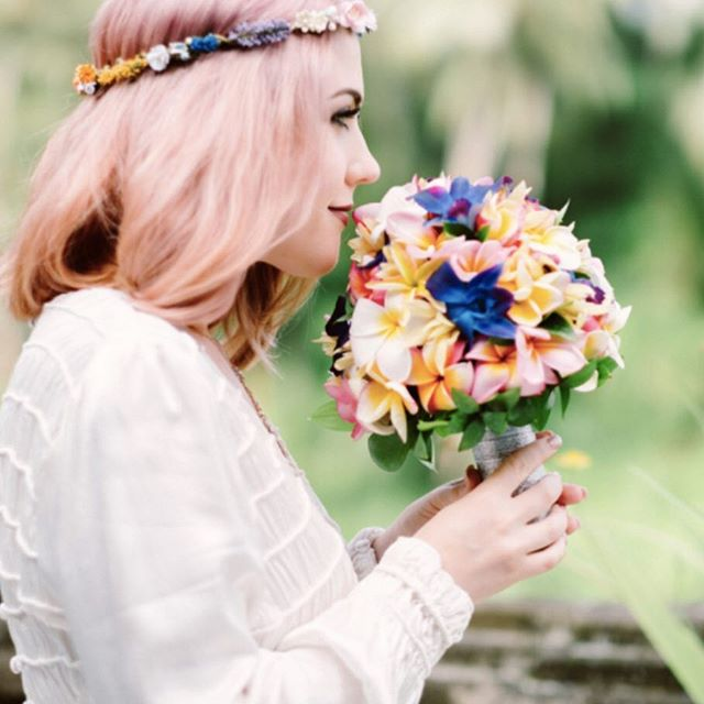 Loving this bright pop of colour! Bride Helen wearing the Bainbridge Crown, a Pelican Rose Bride multicoloured floral crown made from parchment and artificial flowers and berries.  Photograph by Gus Mank http://www.gusmank.com