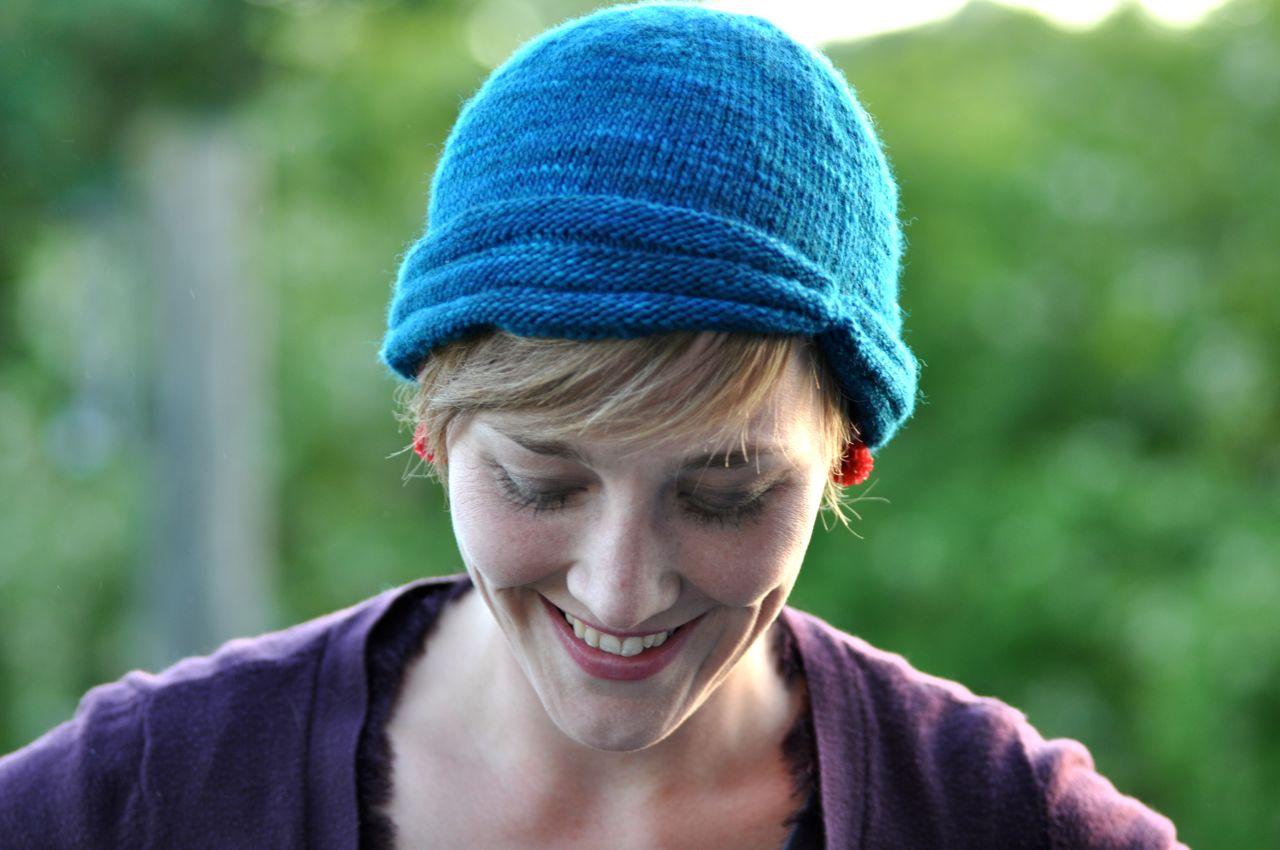 A buttonless hat.