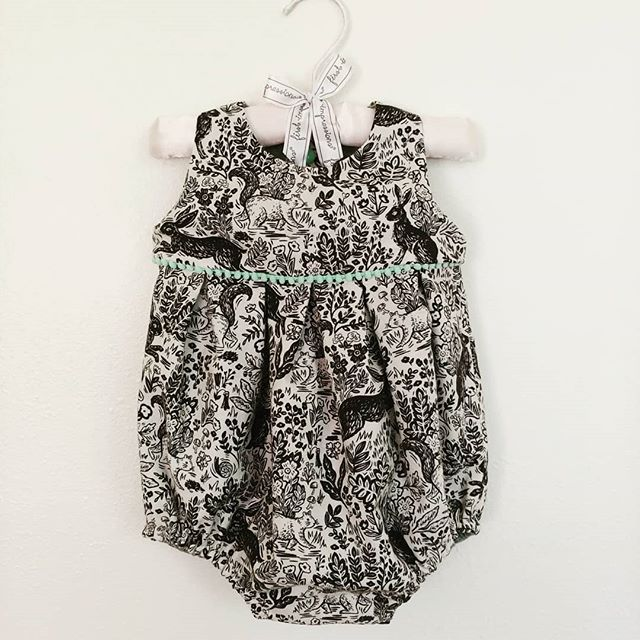 Romper for the little Miss. I'm smitten.  Pattern is by Shaka Laka patterns on Etsy.  #sewingforkids #babyclothes #shakalakabumpattern #rosababyromper #sewistsofinstagram