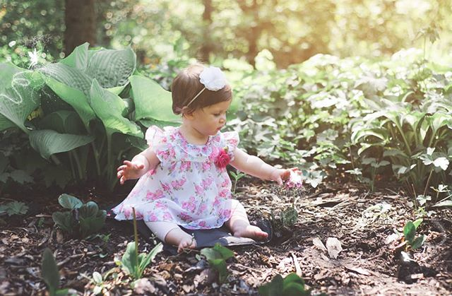 Hope you're having a great weekend! Really looking forward to outdoor sessions 🌼 . . . #trpicturesque #child #children #childhood #childphotography #photography #igkids #instagood #portrait #portraitphotography #instababy #babygirl #babygirl #instababy #instafamous #instafollowers #instafollow #photo #photos #flower #beautiful #girl #cute #dress #flowerstagram #daughter #beauty #world #spring #fairy #photoshoot