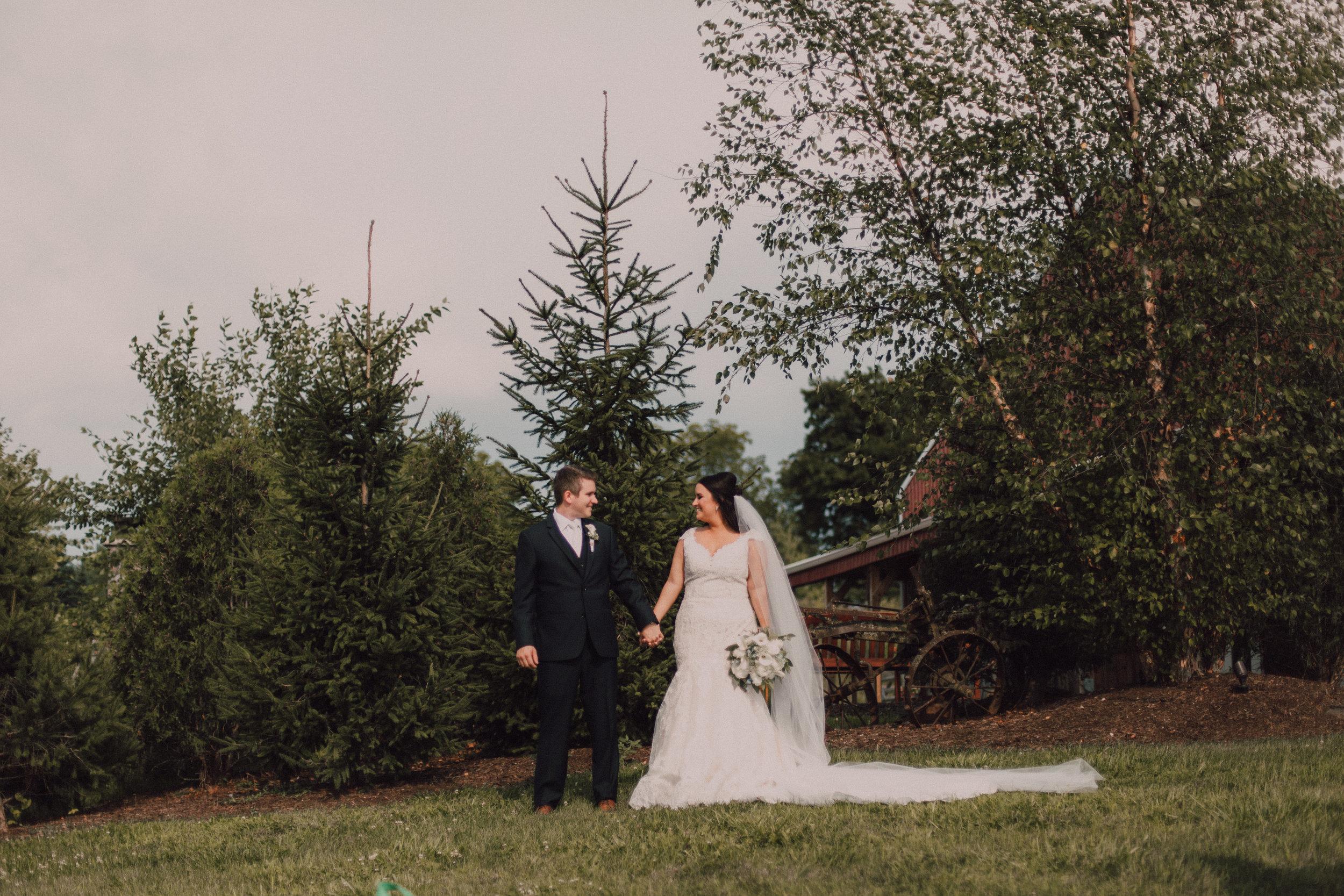 Lauren&Kyle254.jpg