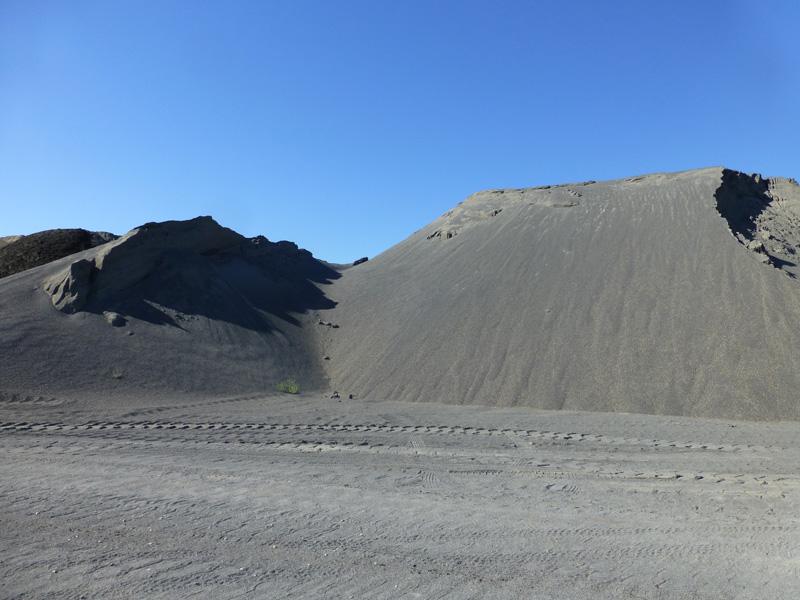 Washed basalt sand