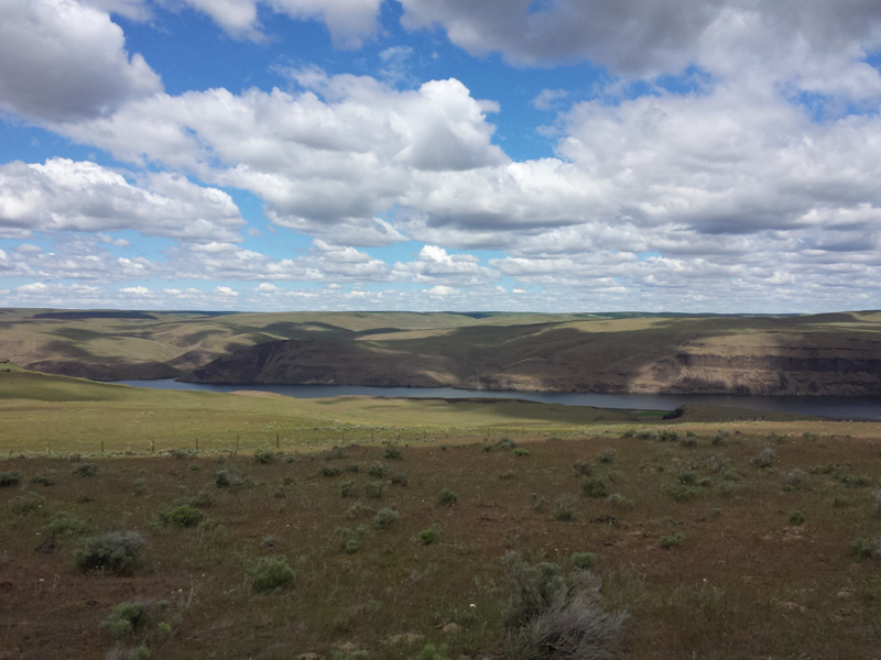 The Snake River from plateau in Starbuck