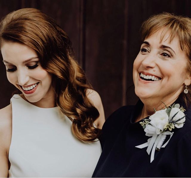 Love this photo and loved working with this mother and daughter💚  Photo: @wildecompany  Venue: @riverwoodmansion  Florals: @enchantedfloristtn  HMU: @gracecbeauty w/ @one10beauty
