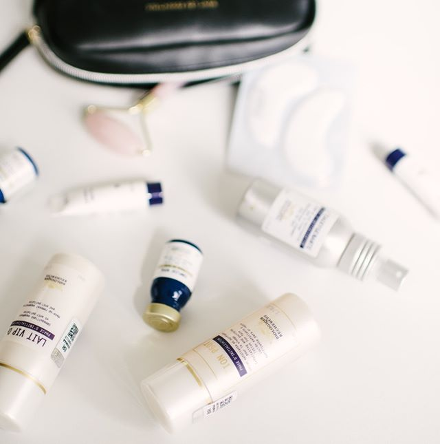 It's summer and the perfect season for traveling! Tiny bottles are our favourite to bring with us, what skincare items can you not leave without? #travelseason #travelskincare #glowingskin #skincareroutine