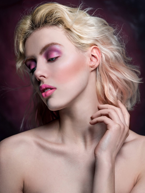 HannahArsovski_beauty-1.jpg