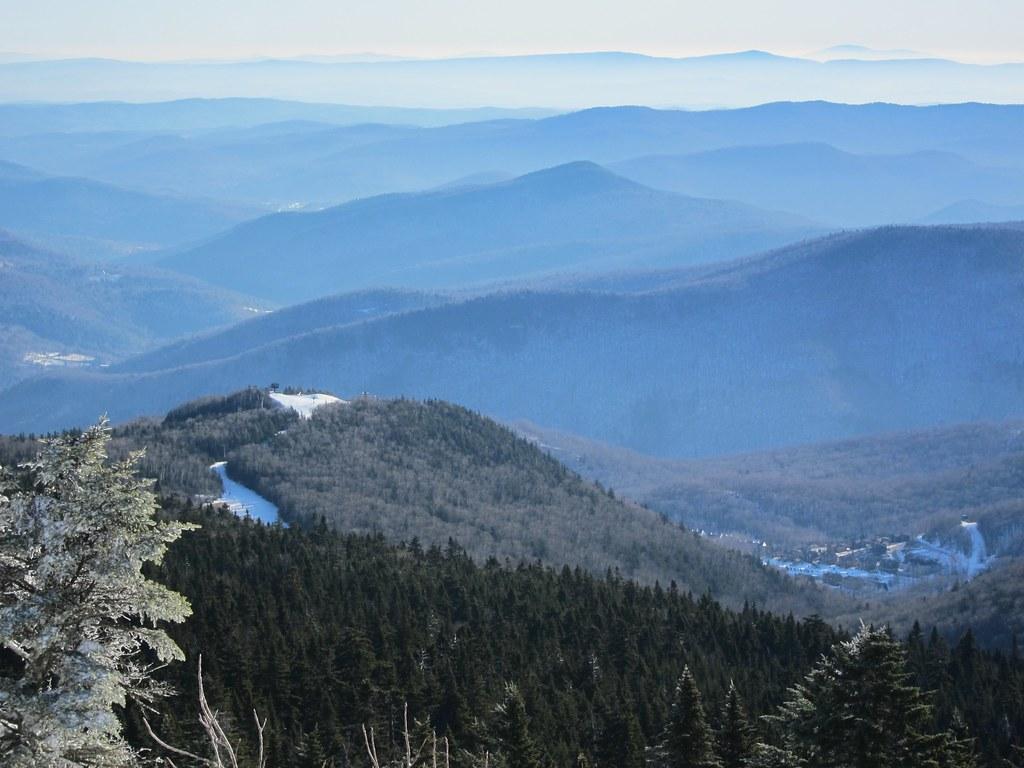 The top of Killington Mountain, looking in the direction of Bear Mountain. (Photo Credit   Joe Shlabotnik - Flikr)