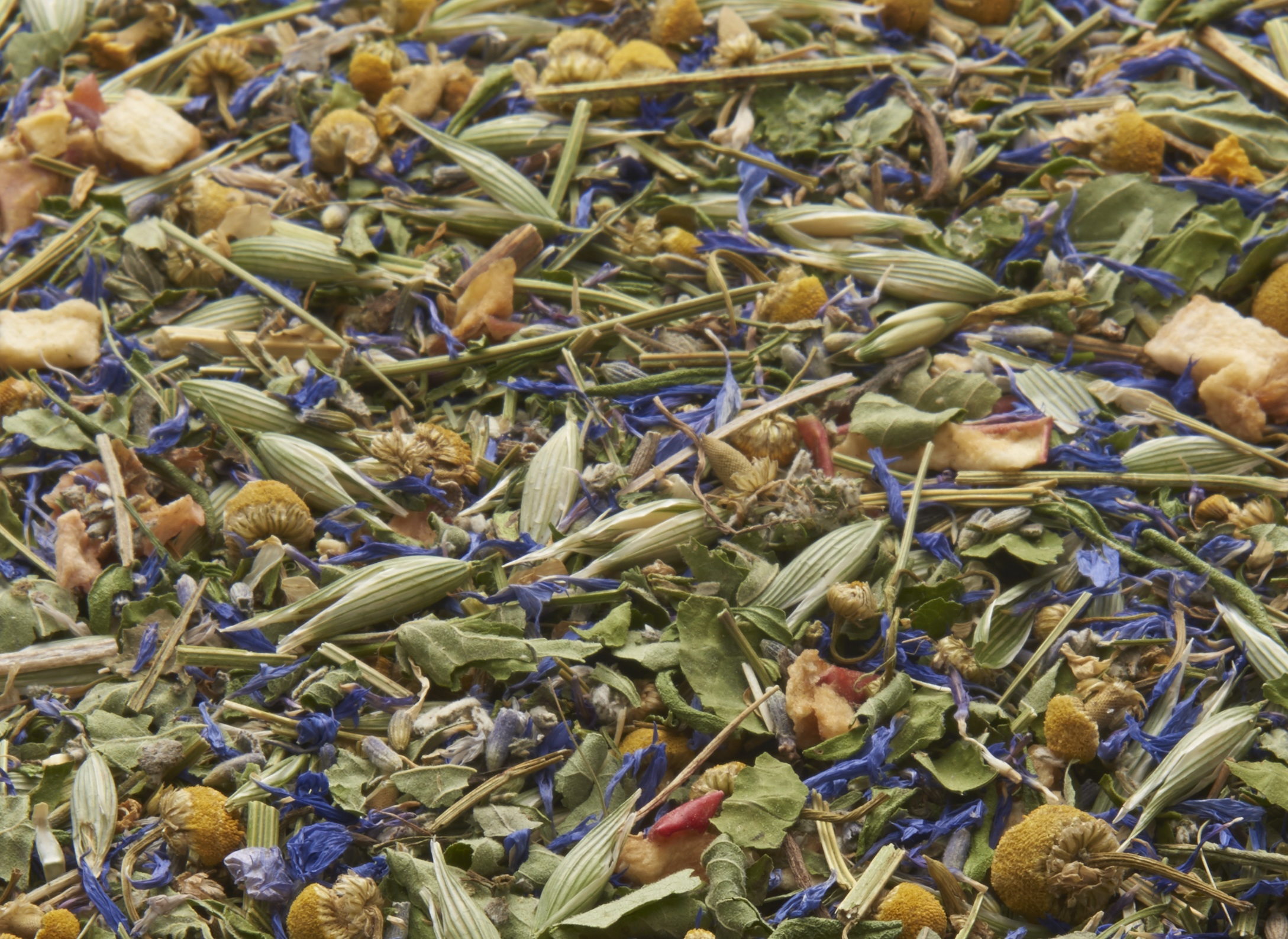 Dream is 25% california poppy. A cup of this tea can be a great natural way to calm the body and mind at bedtime or anytime of day when anxiety is felt.*