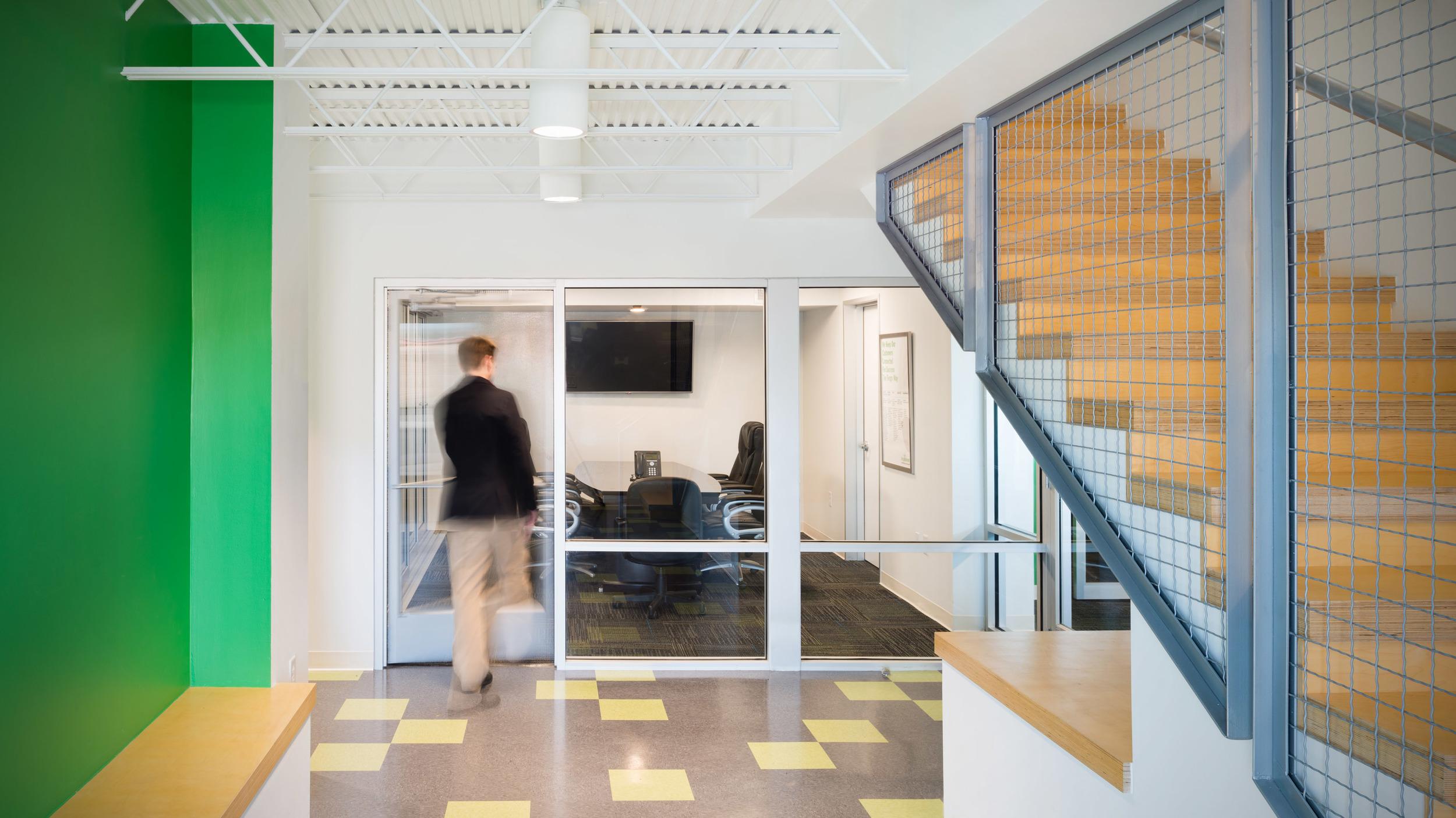 TengoInternet Network Operations Center — HiWorks
