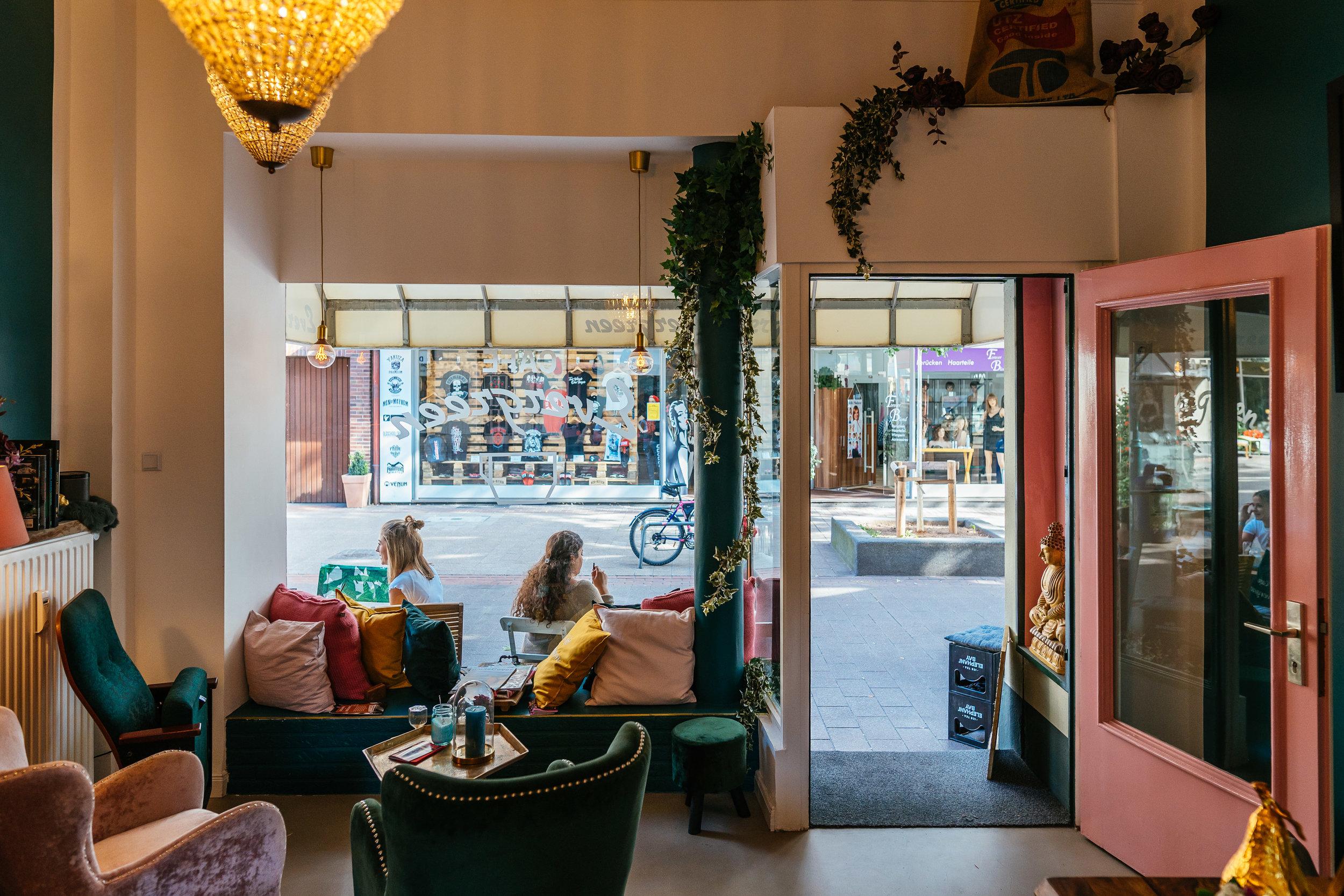 Café Evergreen 05.jpg