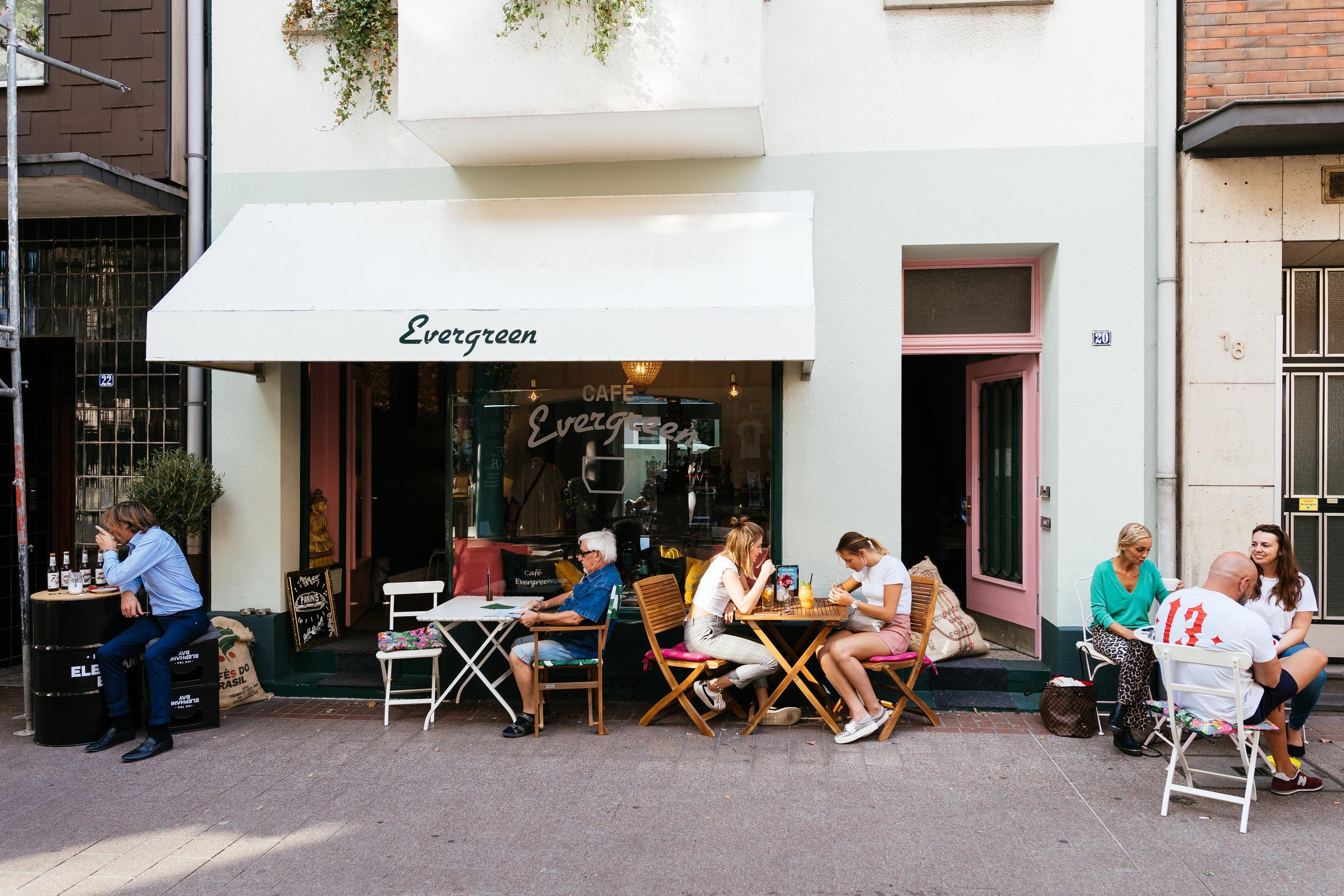Café Evergreen 32.jpg