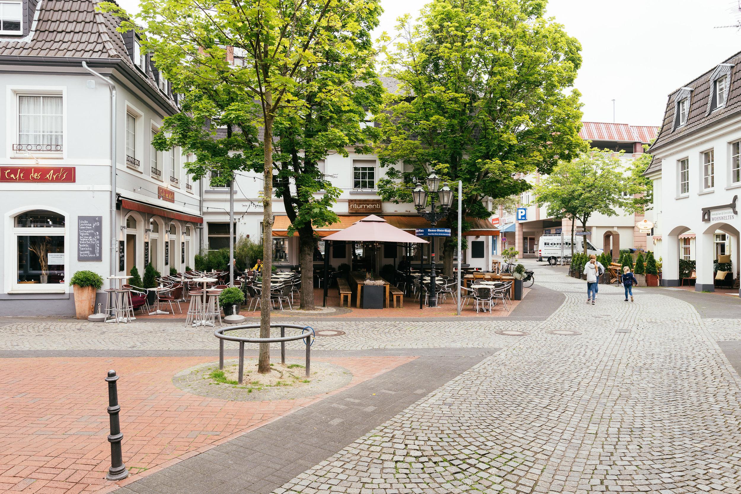 Gemütlicher Altstadtbummel, Avantgarde-Theater & echtesKneipen-Feeling – - unser Besuch in Moers