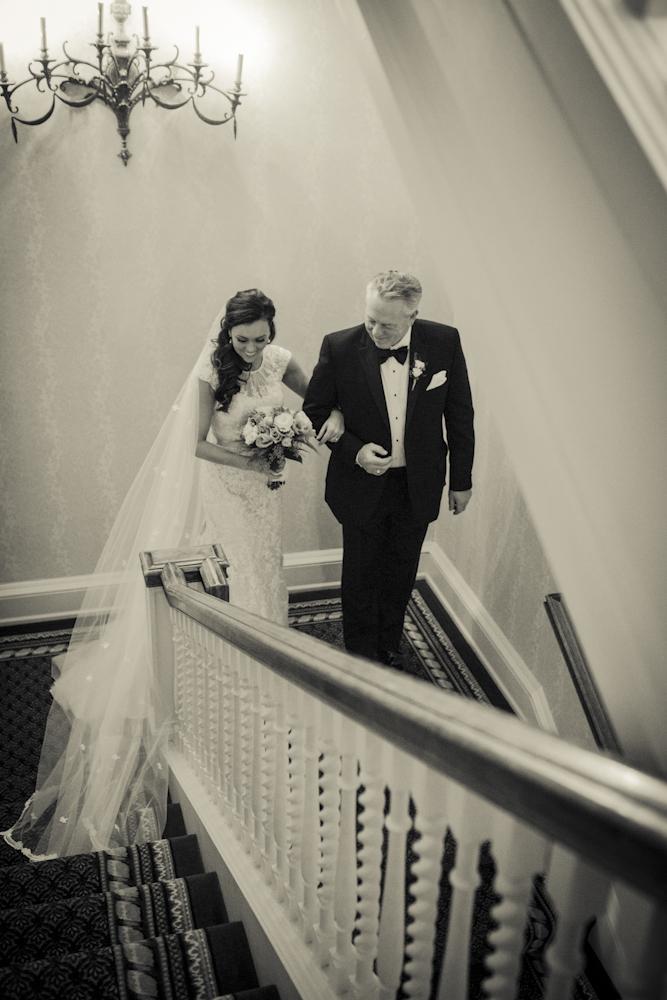 walkingdowntheaisle-fatherdaughter-bride-weddingday