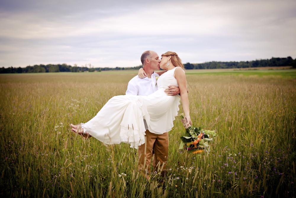 romanticweddingdayphotographydesmoinesiowa