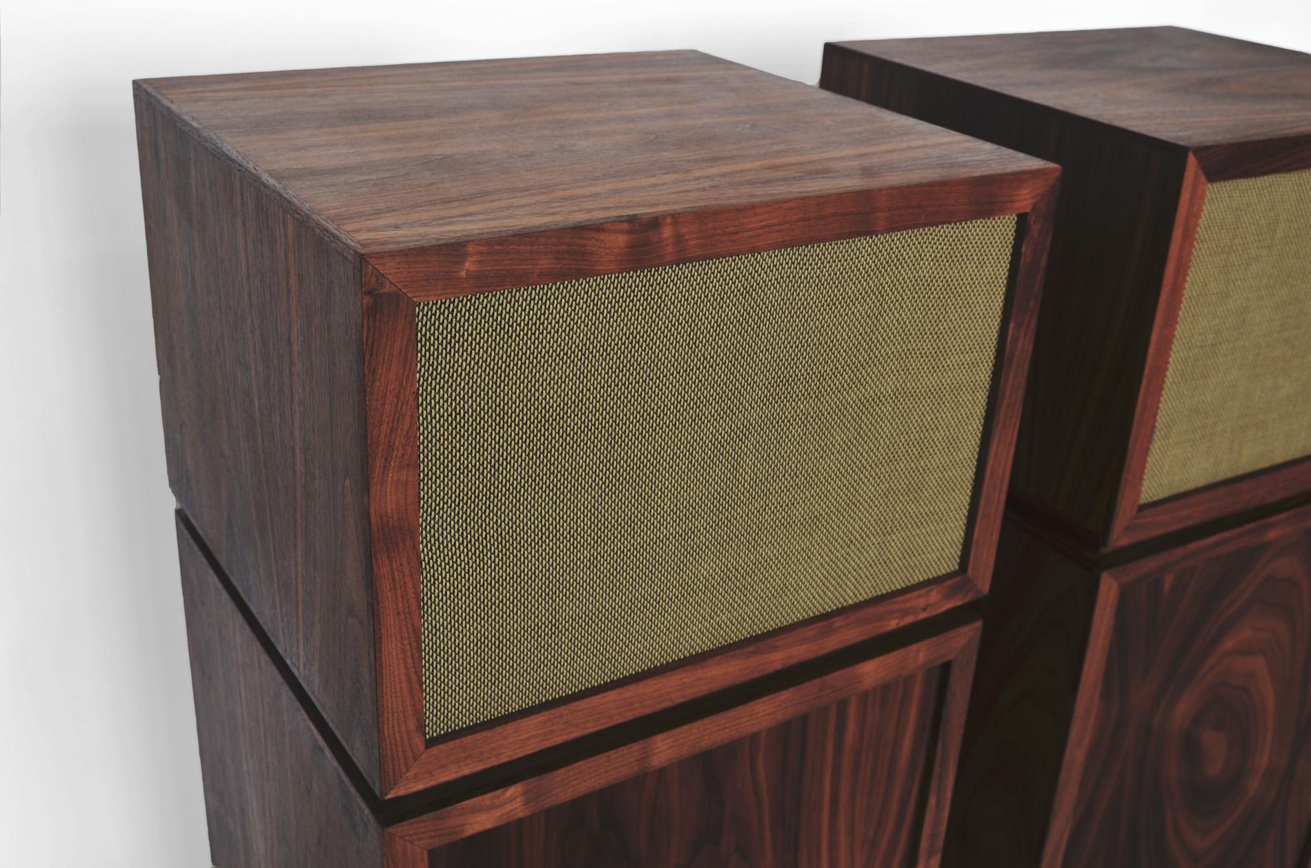 speaker_stands3.jpg
