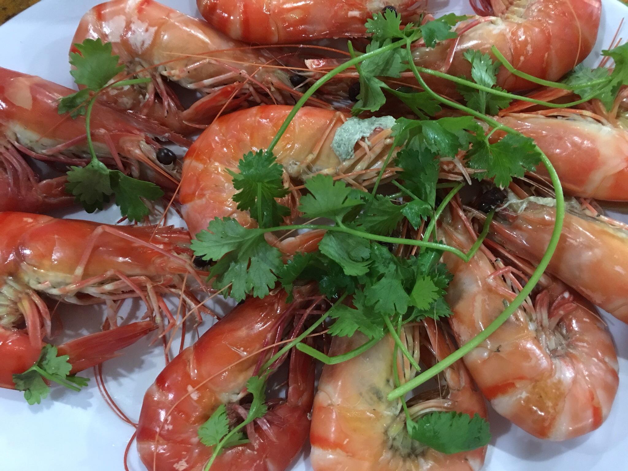 We enjoyed the very fresh and sweet tasting local shrimp...