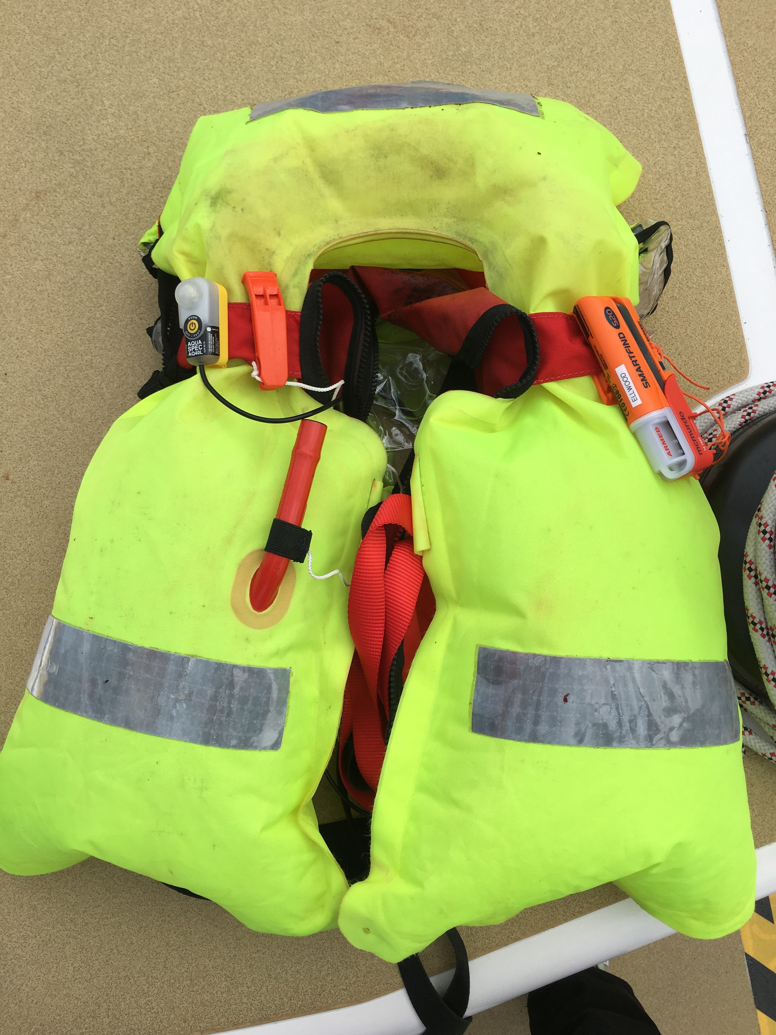 Lifejacket checked; AIS device intalled.