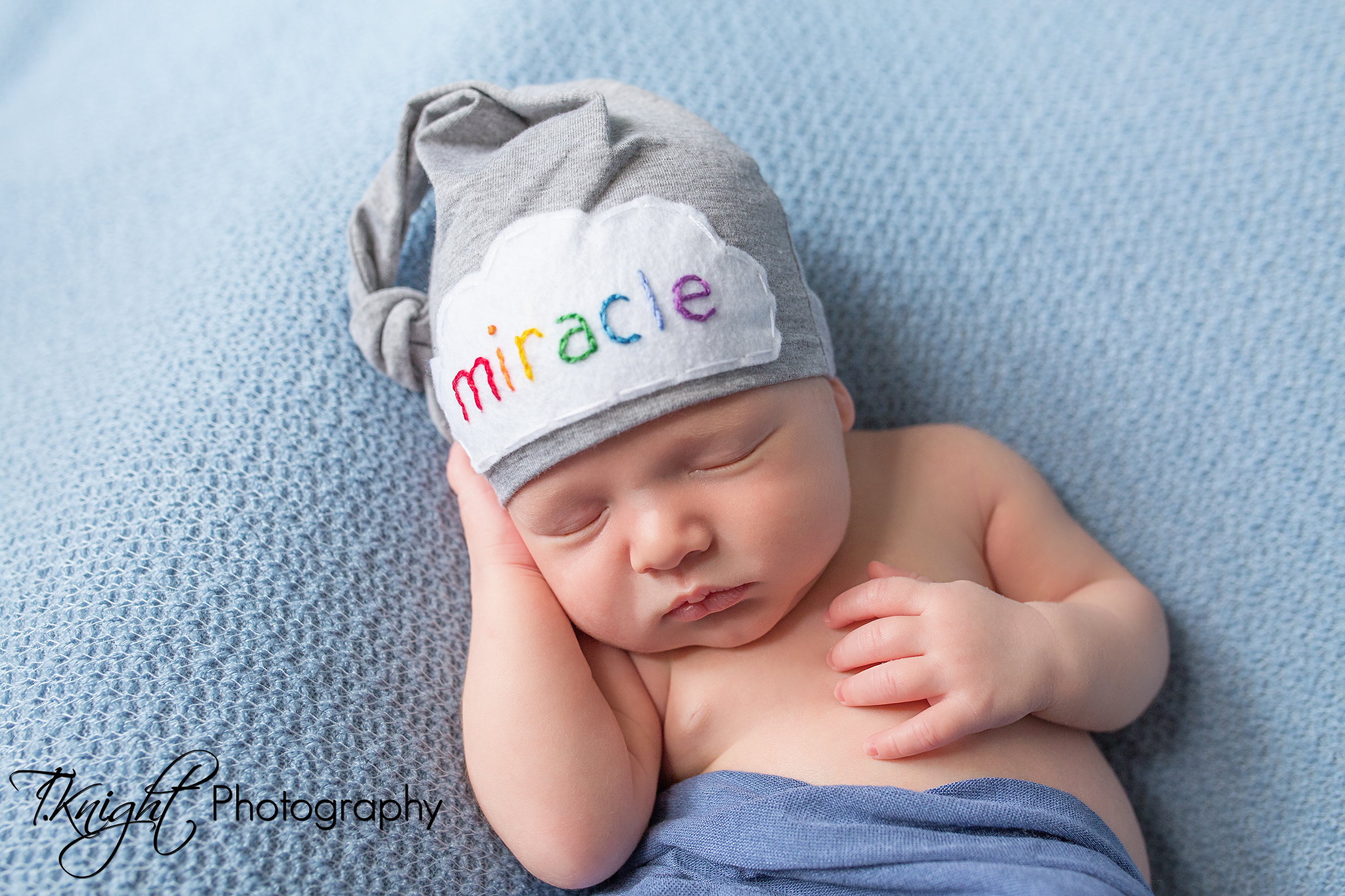 T.Knight Photography | Kansas City Newborn Photographer