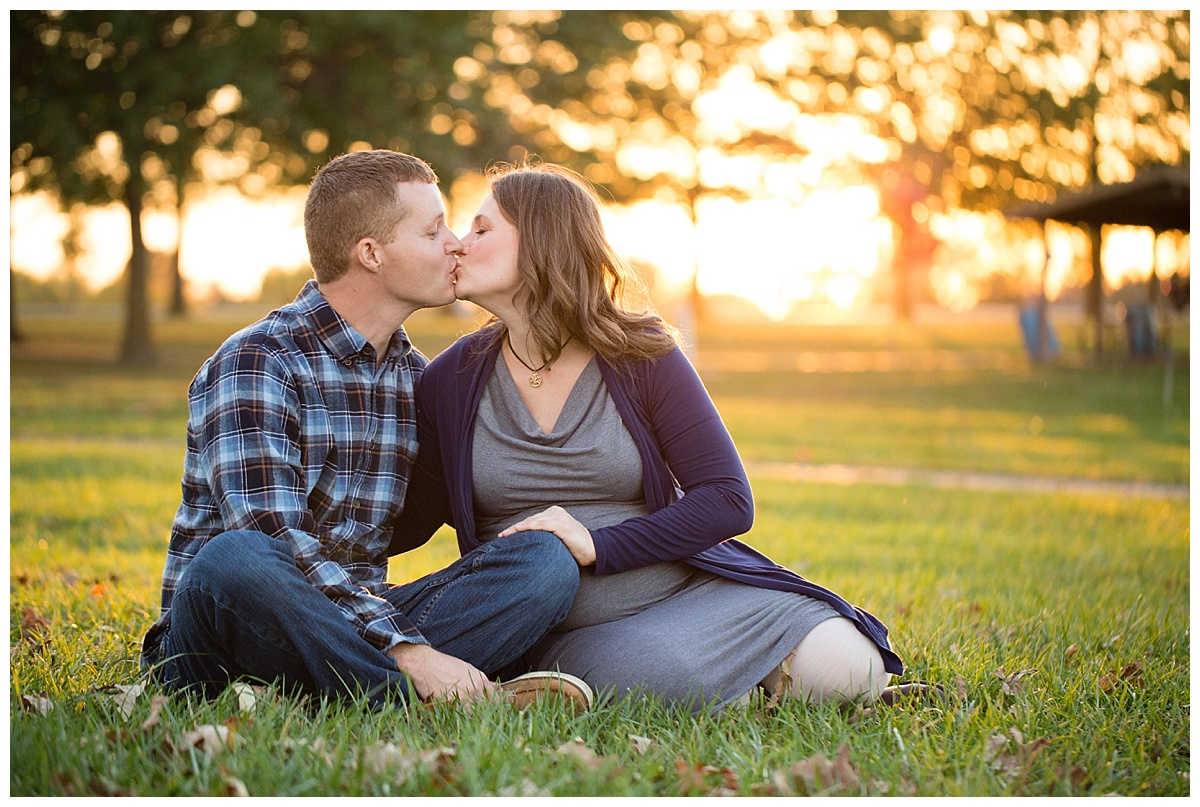 T.Knight Photography | Kansas City Maternity Photographer