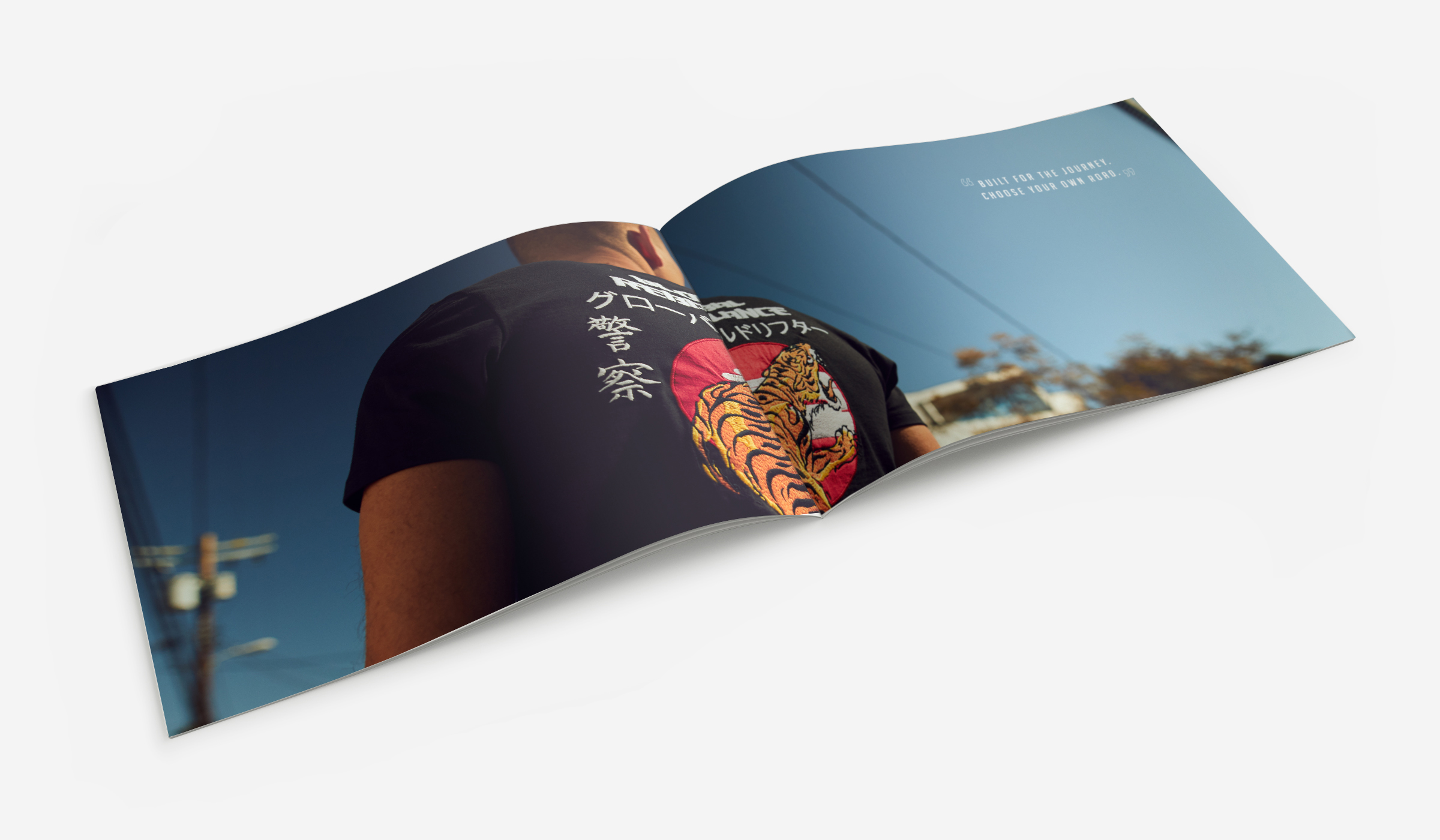 Mockup_HorizontalA5_Brochure_2-2.jpg