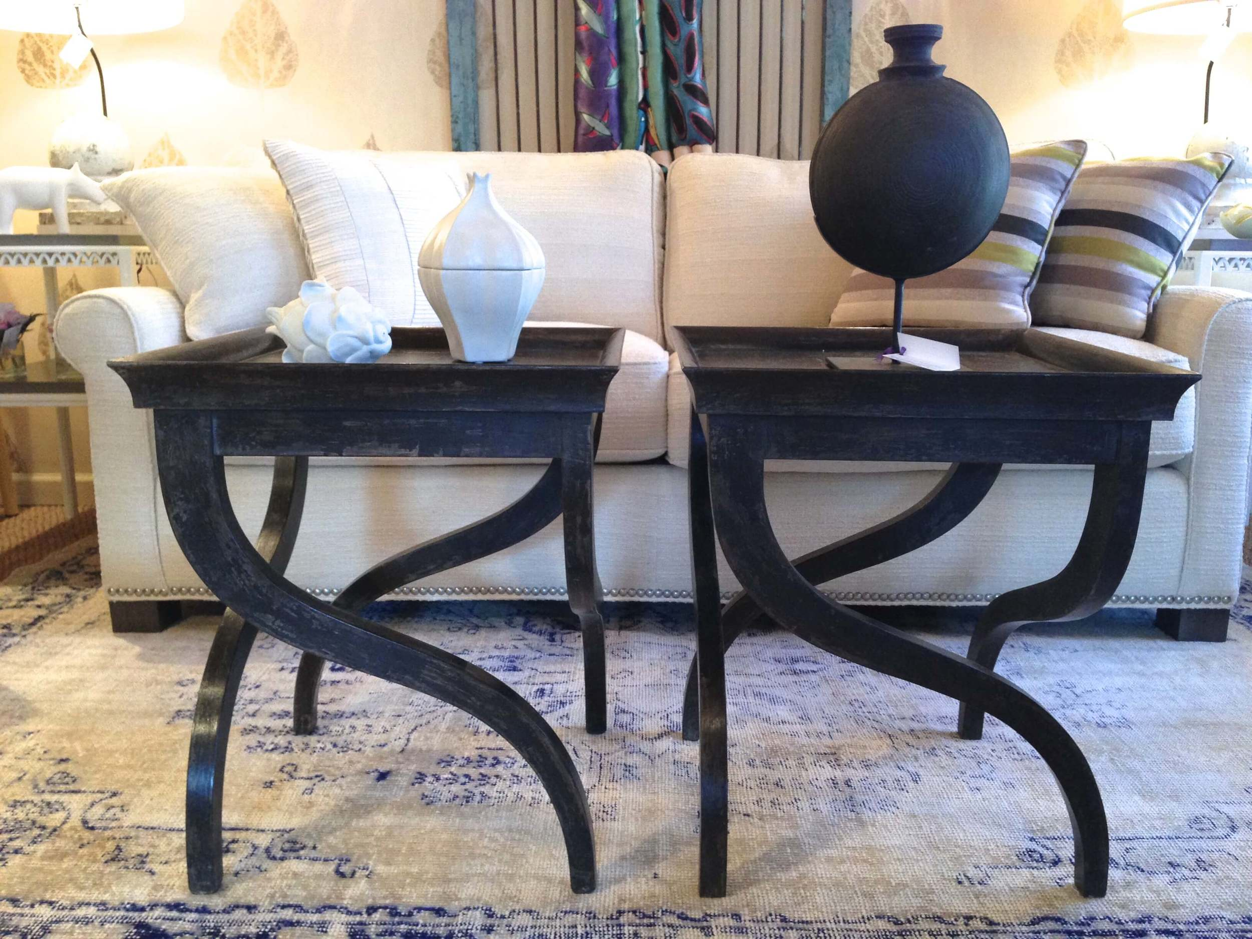 Black curved leg accent tables