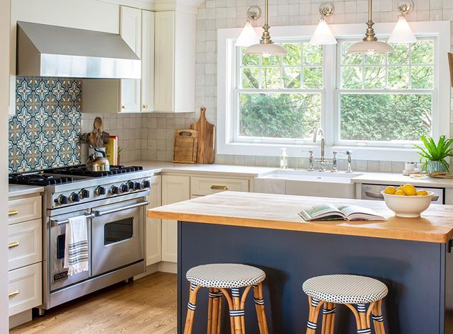 We were able to reuse our clients butcher block counter in this kitchen renovation and it instantly added a feeling of history and vintage charm. It almost makes us want to cook something 😜. Design: @phillipsandgilliganinteriors Photo: @heidizeigerphotography