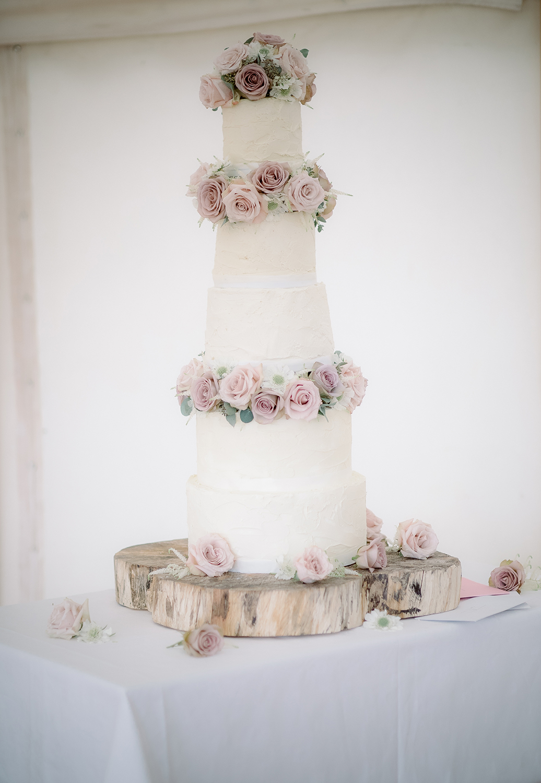 Tall Wedding Cakes 1.jpg