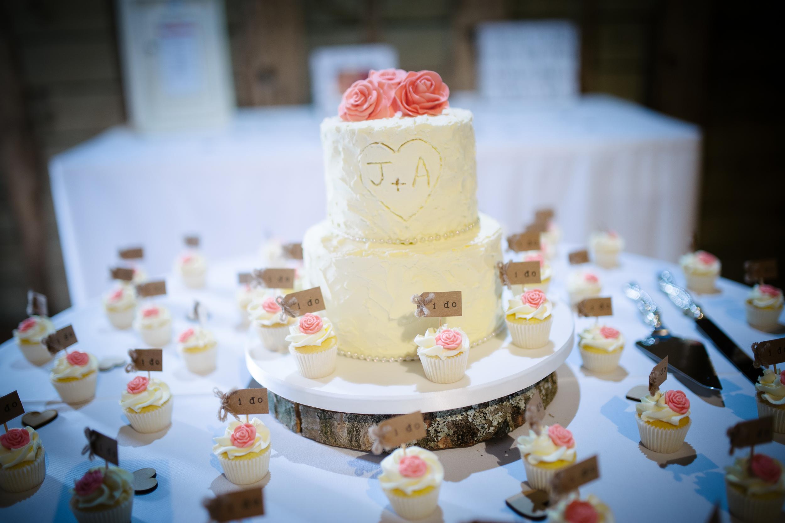 Surrey Wedding Cakes 2.jpg