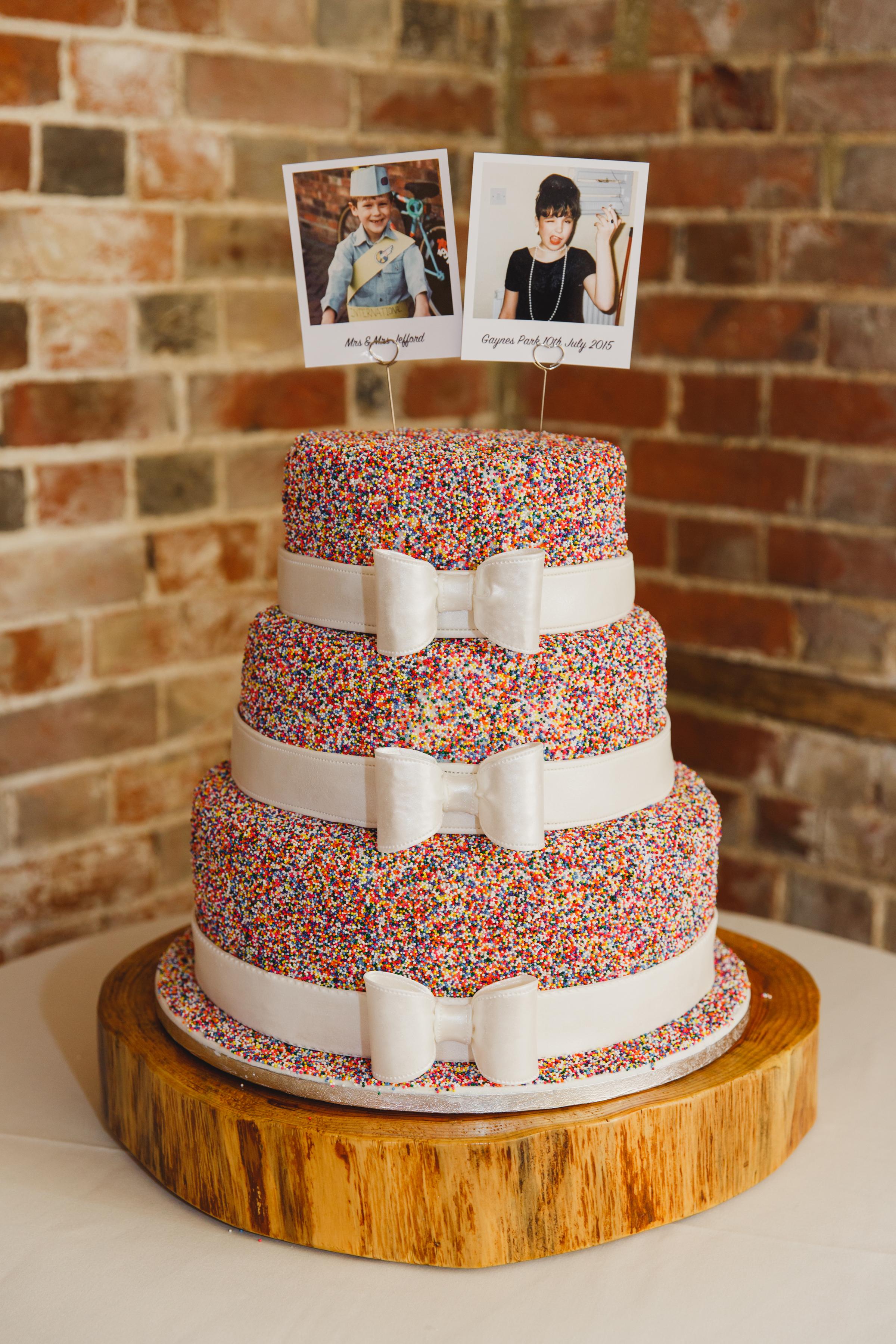 Vancouver wedding cake 5.jpg