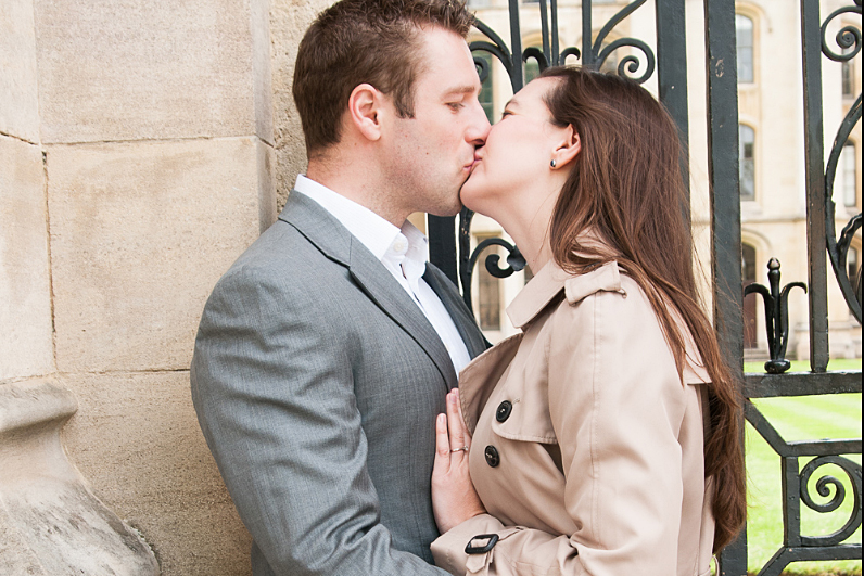 London Engagement Photographer.jpg