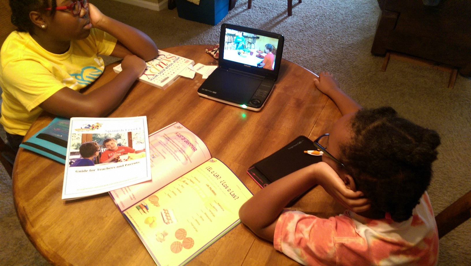 Spanish with Foreign Language for Kids