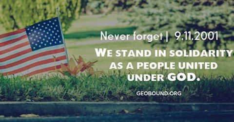 We stand together in remembrance. 🇺🇸 9.11.2001 #geobound🌎 #nineeleven #nineelevenmemorial #america