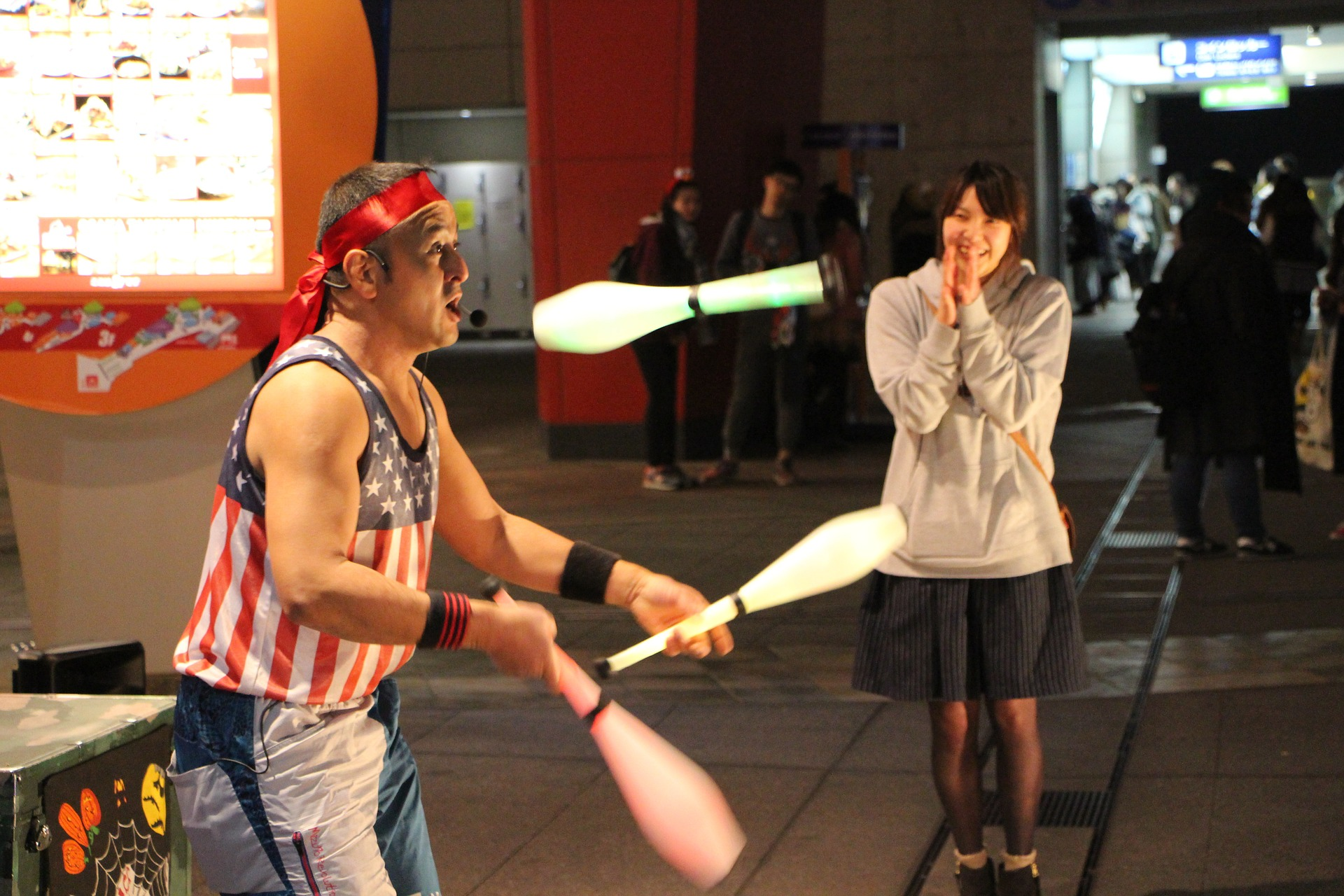 juggling-1176426_1920.jpg